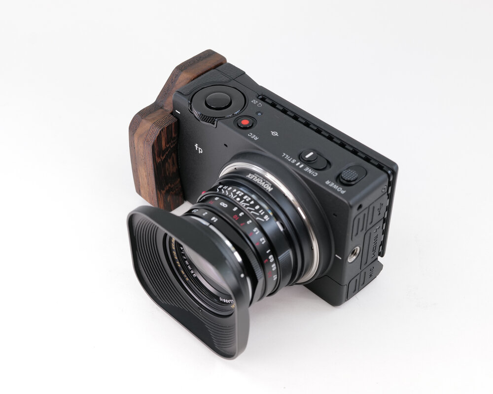 3 เรื่องควรทราบเกี่ยวกับกล้องถ่ายรูป SIGMA FP ใครที่เป็นมือใหม่ก็สามารถถ่ายวิดีโอและรูปภาพได้แบบมืออาชีพ