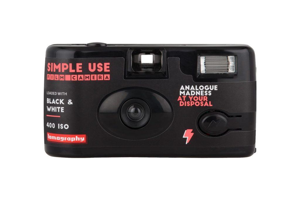 กล้องฟิล์มใช้และทิ้ง