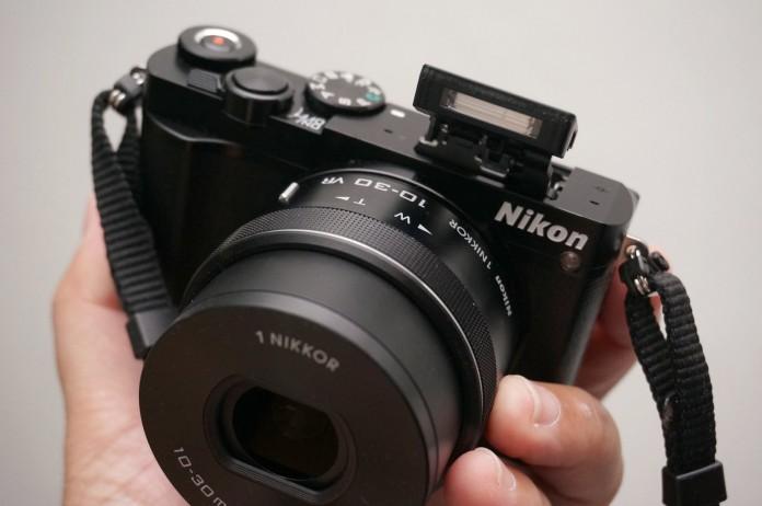 แนะนำ 3 กล้องมิเรอร์เลส ที่มีความน่าสนใจมาก ๆ บอกเลยว่าถูกใจสาว ๆ แน่นอน