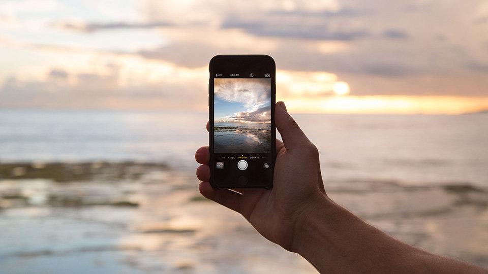 เทคนิคการใช้กล้องมือถือถ่ายรูปให้ออกมาเหมือนกล้องโปร
