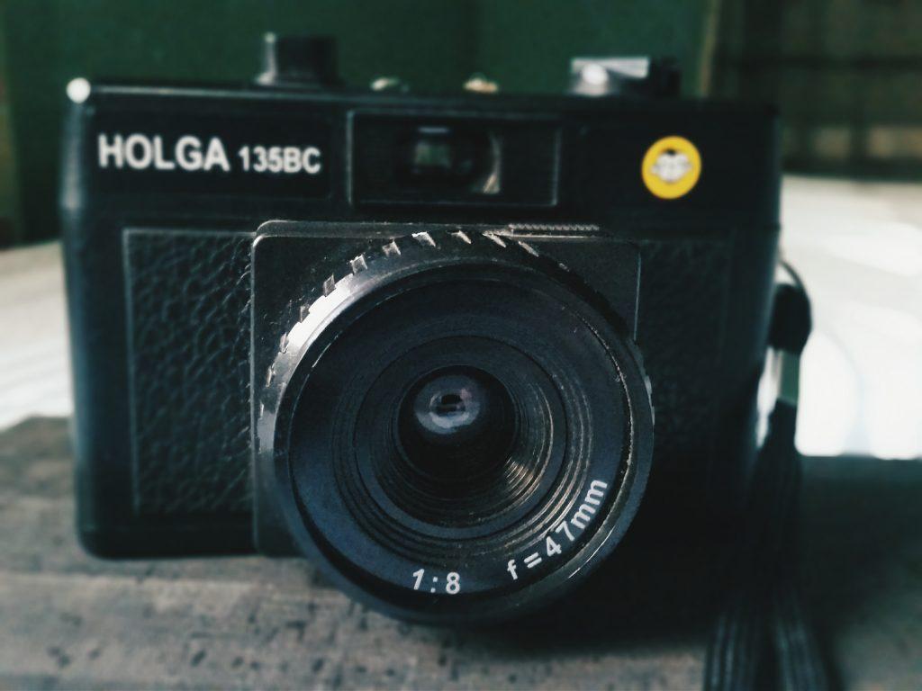 กล้อง HOLGA
