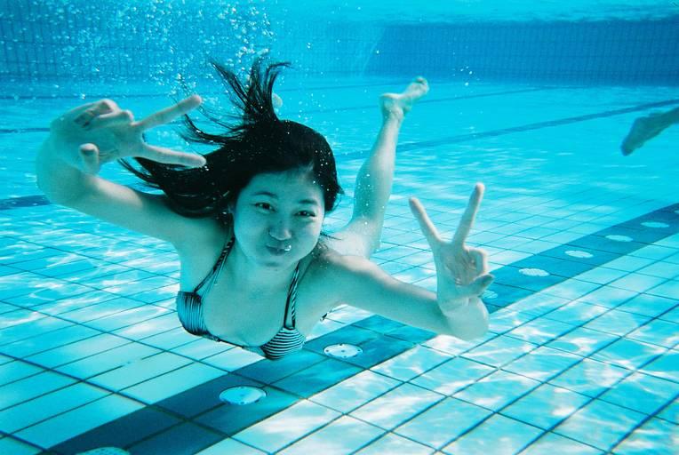 ถ่ายภาพใต้น้ำได้ด้วย กล้อง Fujifilm