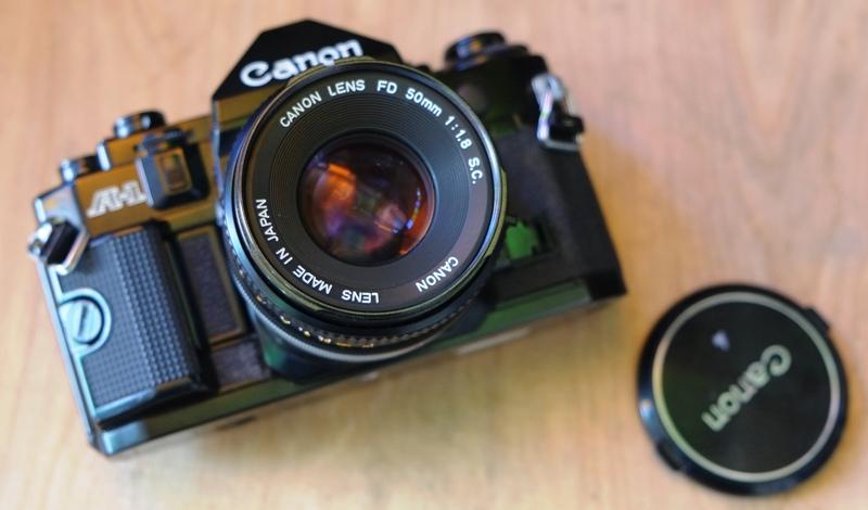 Canon A 1-ด้านหน้า