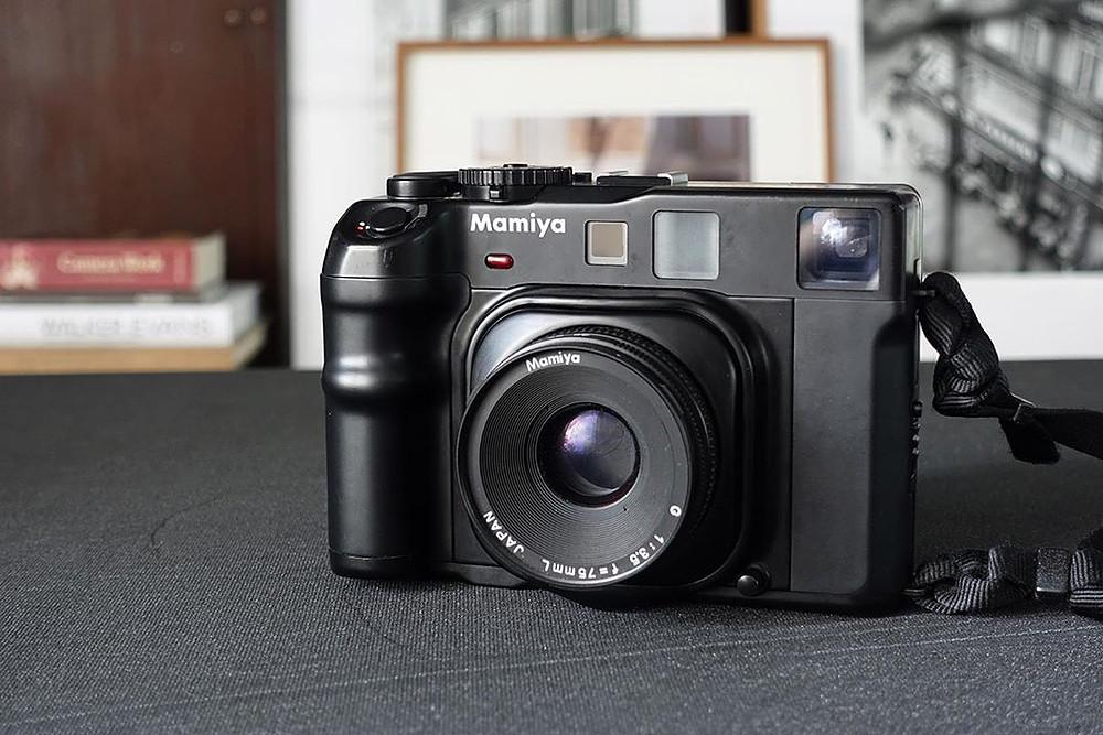 กล้องฟิล์ม นอกกระแส-ตัวที่สอง